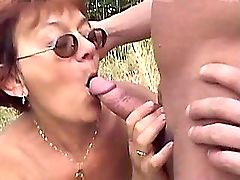 Granny has fuck with blacky n gets cumshot on tits