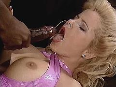 Hot milf gets facial from big dick