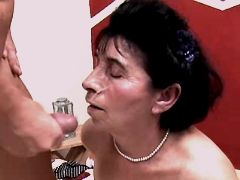 Aged mature fucks and gets facial